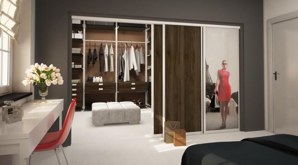 sypialnia z biurkiem koło garderoby Komandor