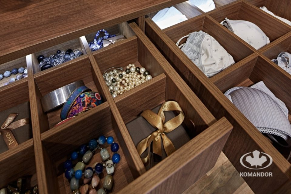 funkcjonalne akcesoria do szaf wklad do szuflady Komandor