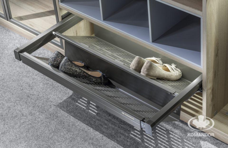 funkcjonalne akcesoria do szaf połki na buty wysuwne Komandor