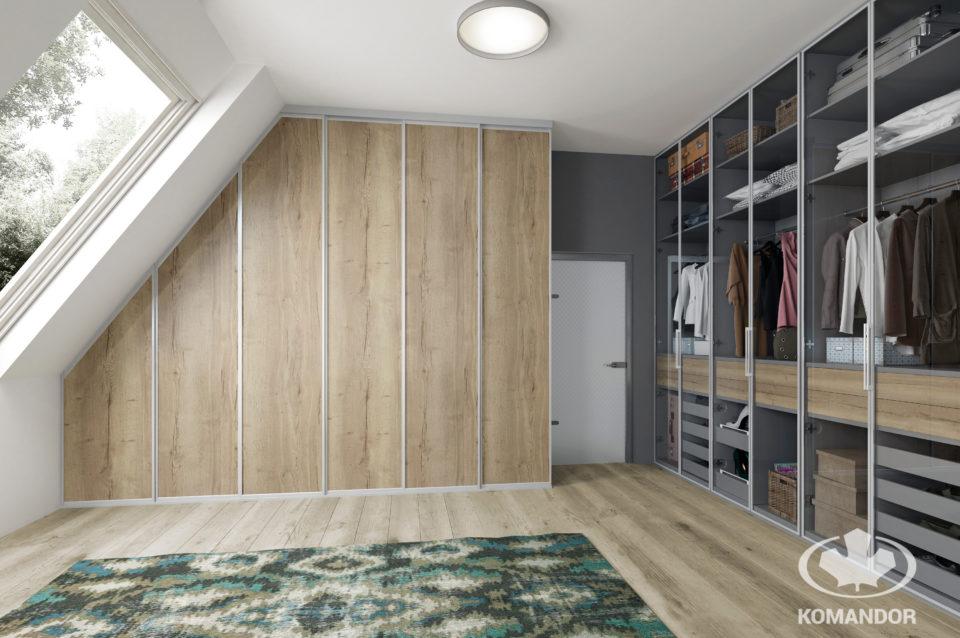 naturalne wnętrza w garderobie Komandor