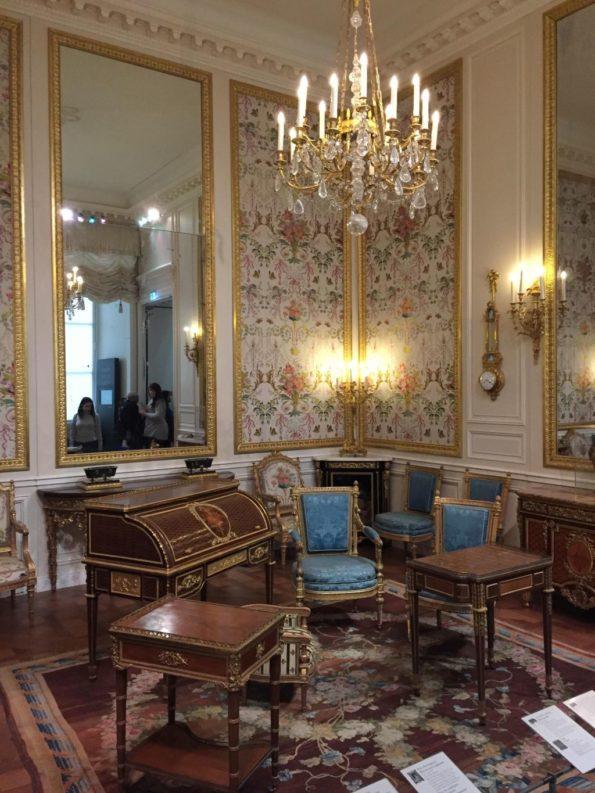 Luwr i styl pałacowy