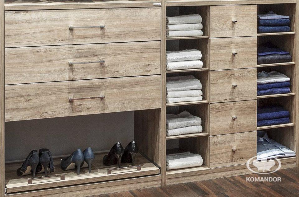 pólki na obuwie w szafie KOMANDOR